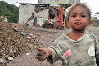 UCA: Un 40,4% de los ni�os argentinos reside en hogares por debajo de la l�nea de pobreza