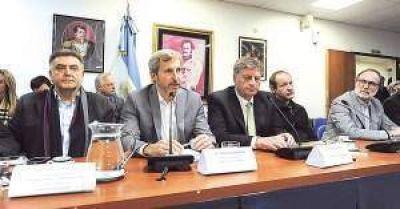 El oficialismo no pudo dar precisiones ante las dudas sobre el voto electr�nico