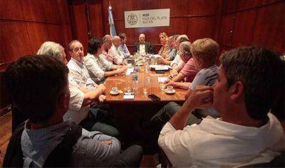 Arroyo reuni� a su gabinete en medio de otra fuerte crisis