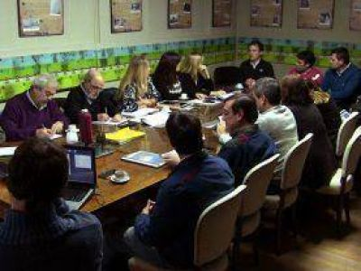 López presentó el proyecto del Parque Eólico en el Concejo Deliberante