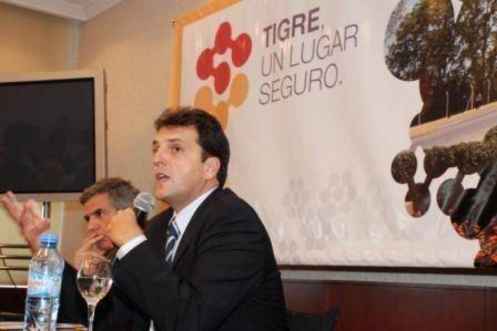 Massa destacó oportunidades de Tigre para los inversores en la Expo Real Estate