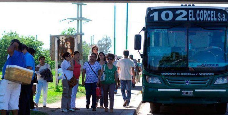 Colectiveros amenezan con dejar de entrar al barrio Smata