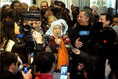 Hebe de Bonafini llegó a Mar del Plata para cerrar un congreso de comunicación