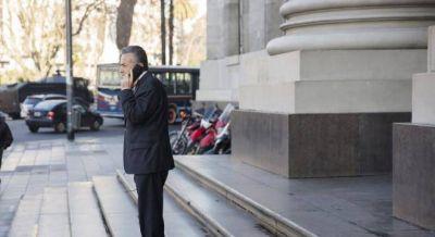 El gobierno y grandes empresarios presionan a Cornejo para que derogue la ley antiminera
