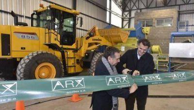 Katopodis y Bara�ao en la inauguraci�n de una planta productora de combustible alternativo en San Mart�n