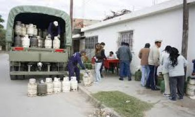 En los barrios de la Capital salteña sigue la venta de la garrafa social