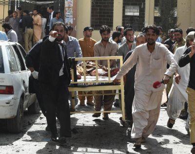 Terror en Pakistán: al menos 53 muertos y 58 heridos por una explosión en un hospital