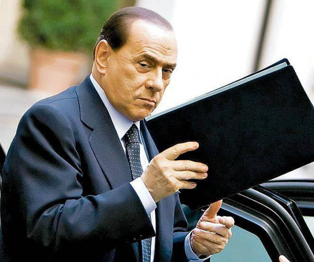 Estalla una crisis entre Berlusconi y el Vaticano, su antiguo aliado.