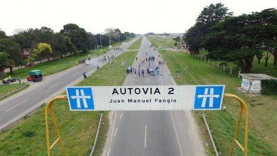 Sin soluciones, seguirá el corte de cooperativistas en la autovía 2