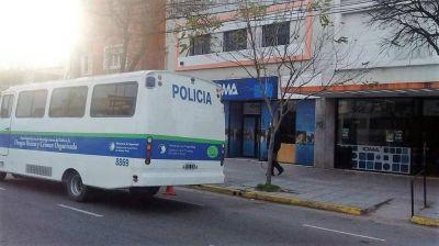 M�ltiples allanamientos en la ciudad por la denuncia de Carri� contra Scioli