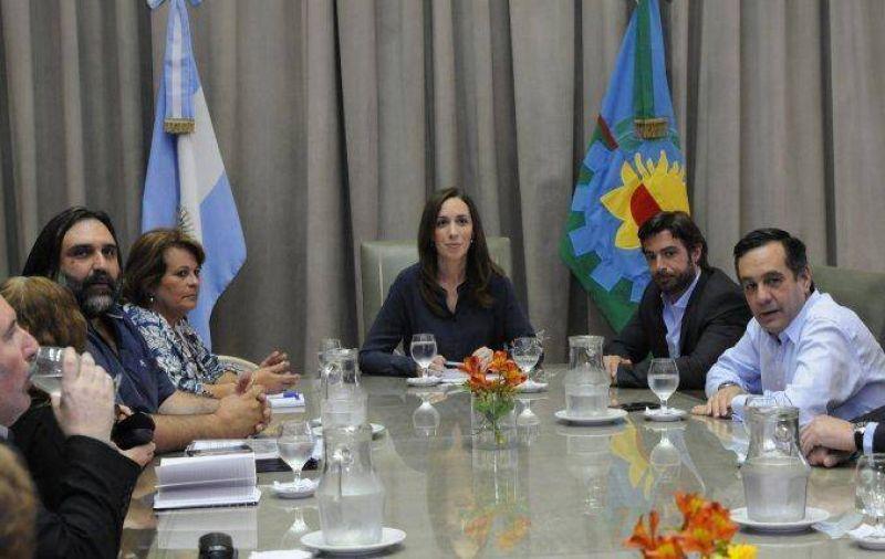 Docentes bonaerenses presionan a Vidal y le piden 50% de aumento