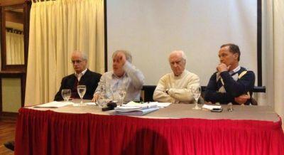 Pino, Taiana, Vera y los socialistas tantean un frente para competir con el PRO y Lousteau