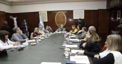 El Consejo de Decanos acord� eliminar el sistema de cupos en la UNT