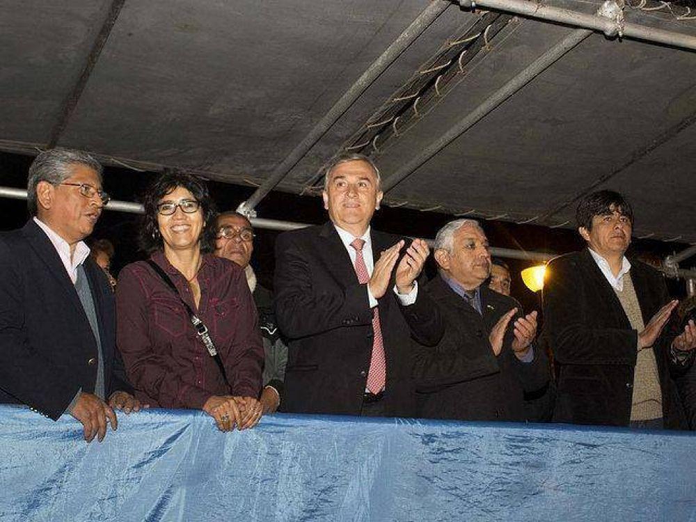 Morales con la colectividad boliviana en el día de su Independencia