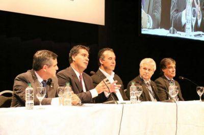 Junto a representantes de todo el pa�s, Capitanich particip� de la apertura de Congreso Nacional de Producci�n Porcina