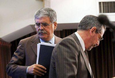 Impulsan una causa contra De Vido, Jaime y Sebastián Piñera