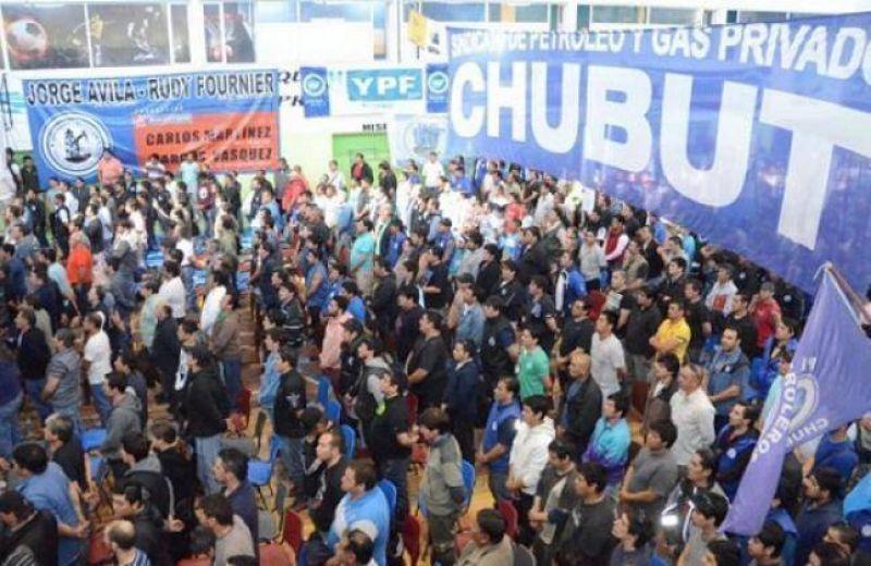Hubo acuerdo y se levantó el paro de petroleros en Chubut