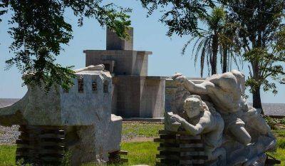 Fuerte pedido para restituir la estatua de Col�n