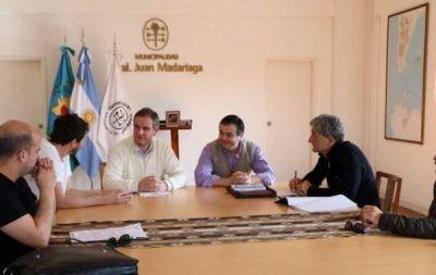 REUNI�N REGIONAL: SANTORO RECIBI� A YEZA Y BARRERA