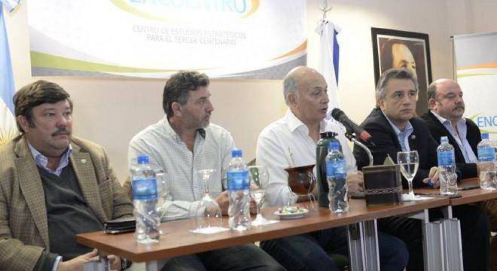 El Momo Venegas juntó a la Mesa de Enlace y les reclamó unidad