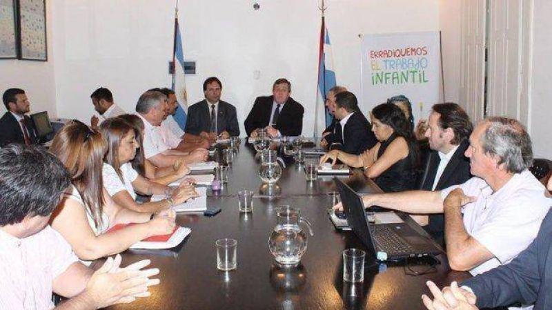 Paritarias: El Gobierno convocó a ATE y UPCN para el viernes