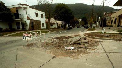 Obras inconclusas en Los Manzanos