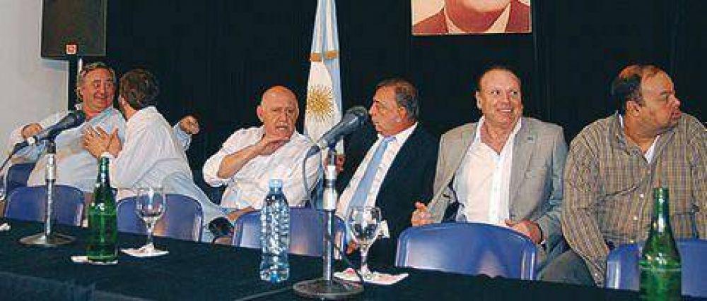 """Ahora, los """"traidores"""" del Conurbano vuelven a apoyar el proyecto K"""