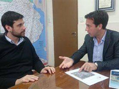 Cien millones de pesos en Obras de pavimentaci�n y desarrollo de infraestructura en los Accesos a Puerto Quequ�n