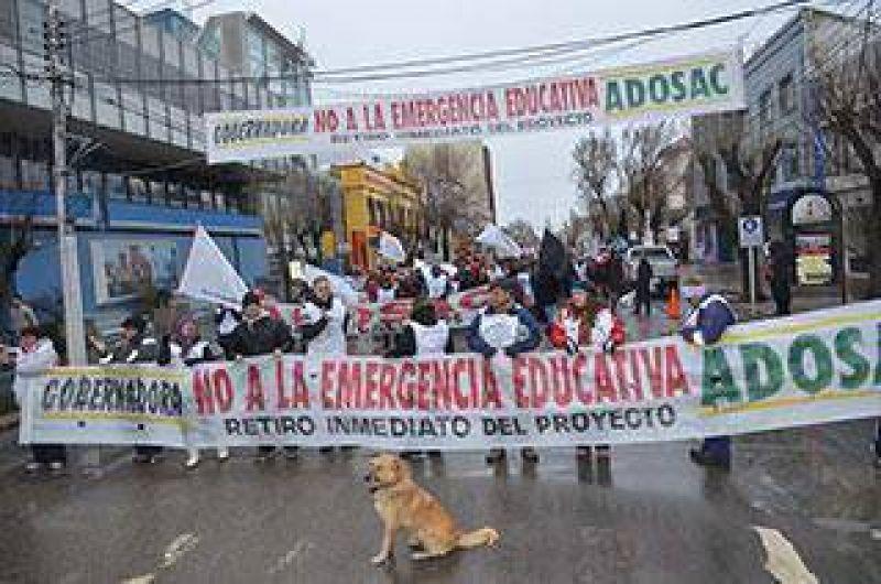 ADOSAC movilizó para exigir al Gobierno que retire el proyecto