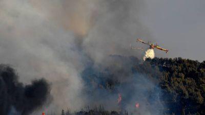 Al menos 10.000 evacuados por incendios al sur de Francia
