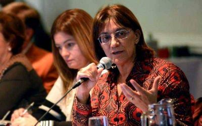 La ministra Silva dijo que el paro de UNTER es �in�dito� y lo vincul� con la interna gremial