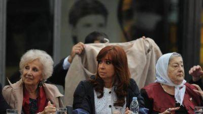 Cristina visita a Bonafini, antes de la ronda 2.000 de las Madres