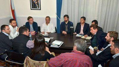 Legisladores y Urribarri acordaron trabajar en conjunto la Ley de Comunas