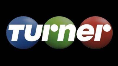 Turner avanza en Telefe, pero choca en el fútbol