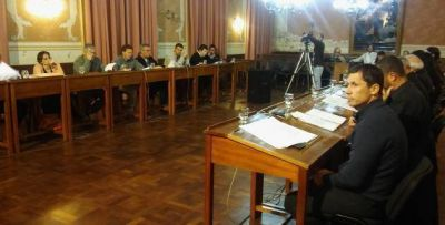 Crearon Comisión Fiscalizadora de servicios públicos y hubo reclamos de la oposición