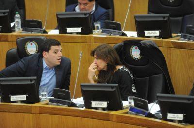 Descolocados por el acuerdo Manzur-Alfaro alperovichistas defendieron el Pacto Social pero pidieron autonomía