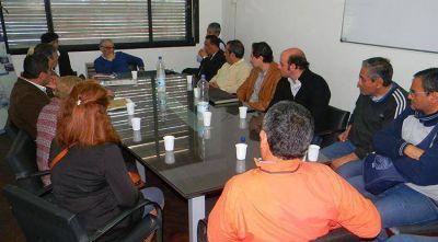 El titular de la SAT recibió a ONGs de la capital tucumana