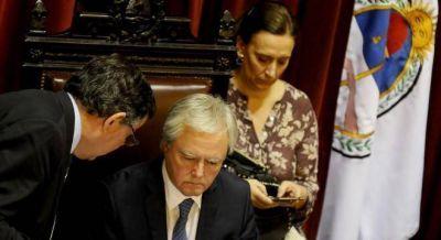 Pinedo y Avruj tuvieron que salir a suavizar los dichos de Macri sobre los desaparecidos