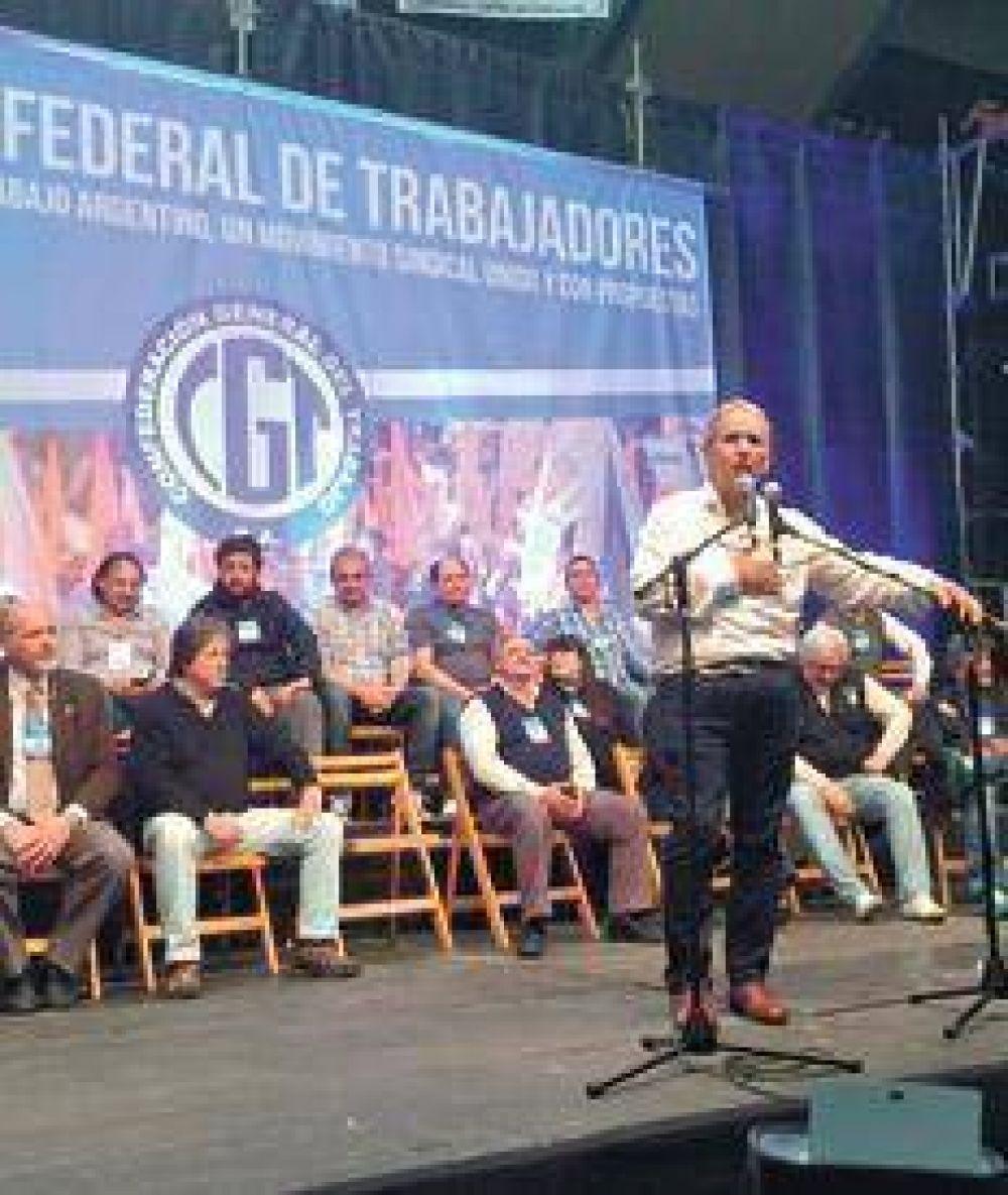 """""""Una CGT que confronte, no cómplice"""""""