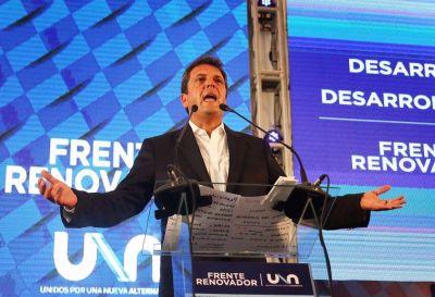 Massa le habla a la clase media, reafirma la identidad de su partido y se aleja del PJ