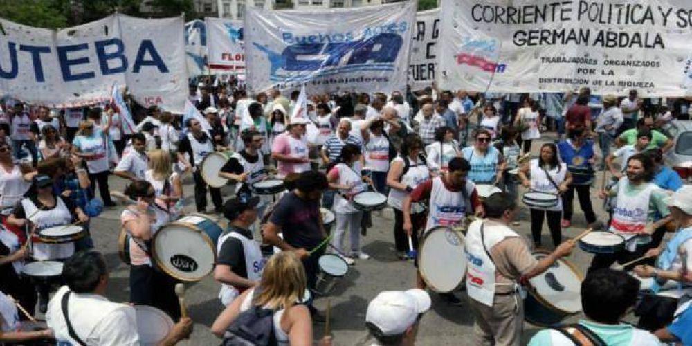 Sin diálogo con el gobierno, los docentes bonaerenses ya preparan un paro de 48 horas