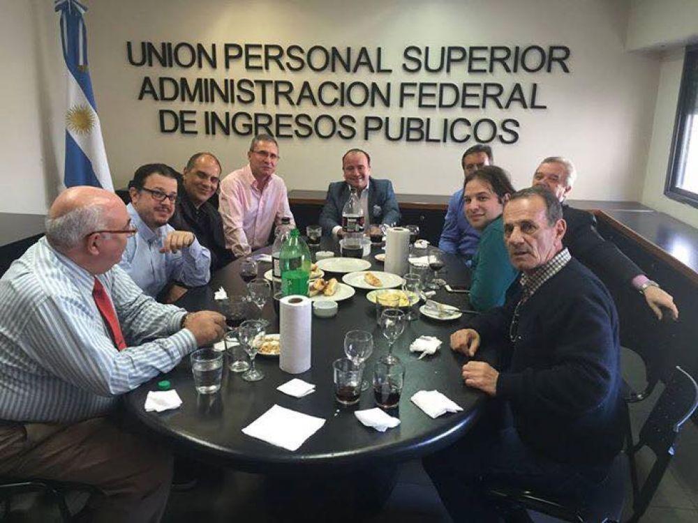Encuentro entre el gremio UPSAFIP y periodistas