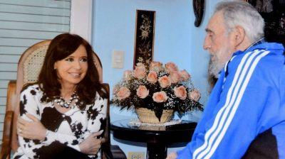 Cristina Kirchner le dedic� una canci�n a Fidel Castro por su cumplea�os