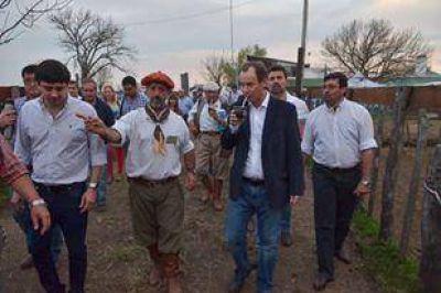 "Bordet visitó la muestra rural de Federal y afirmó que no habrá ""decisiones unilaterales"" que perjudiquen al campo"