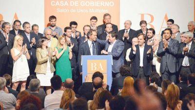 """Scioli busca """"embarrar la cancha"""" en la Justicia bonaerense"""