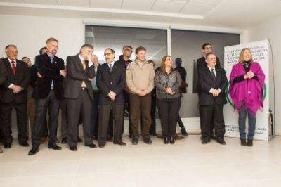 Bertone participó de la inauguración del nuevo edificio