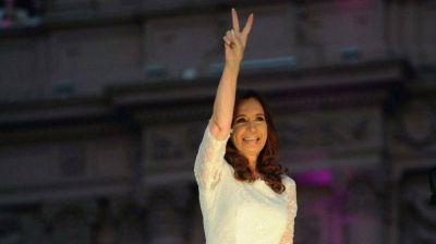 El fiscal Moldes pidi� investigar a Cristina por traici�n a la Patria