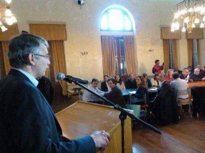 Puglelli destacó que la preocupación de la Provincia por el tema hídrico