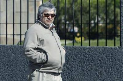 Confirman una transferencia de 100 millones de pesos de L�zaro B�ez a los Kirchner