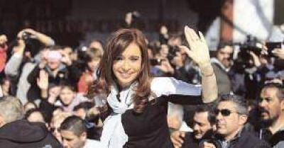 Abogado de Cristina ratifica denuncia por asociaci�n il�cita